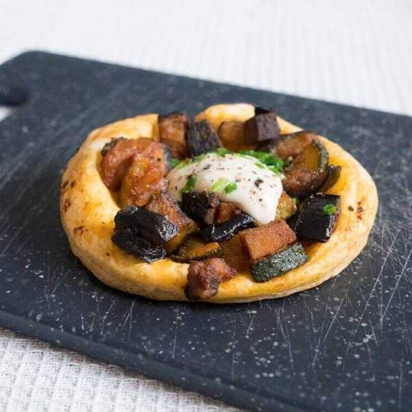 Baked courgette aubergine tart with smoked tofu