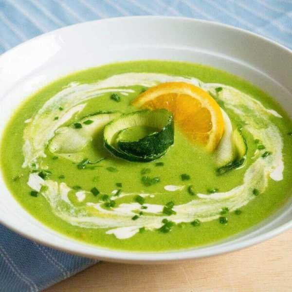Raw courgette basil orange soup