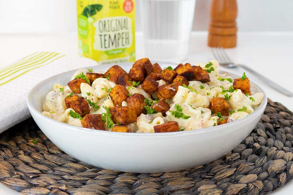 Meaty tempeh pasta with white mushroom sauce - exceedinglyvegan.com
