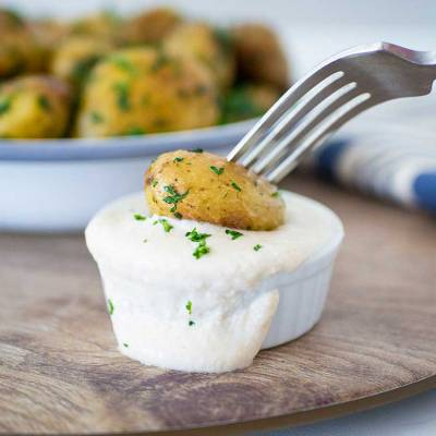 Parsley potatoes with sunflower seed sour cream - exceedinglyvegan.com