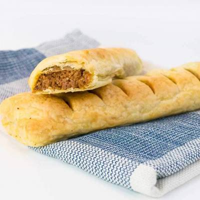 Vegan sausage rolls - just like Gregg's - exceedinglyvegan.com
