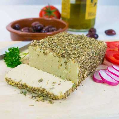 Herb-crusted cashew cheese - dairy-free and easy - exceedinglyvegan.com