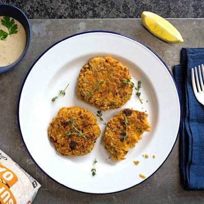 Carrot and sun-dried tomato oat patties with a tahini herb dip - exceedinglyvegan.com