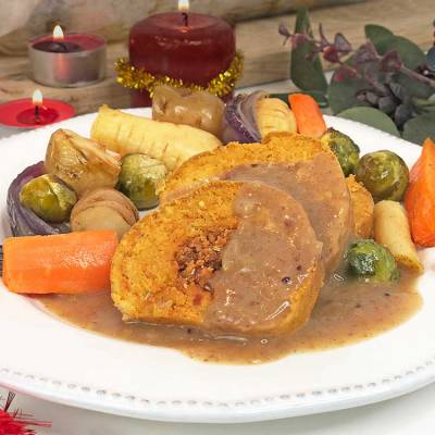 Vegan Christmas dinner with cranberry gravy - gluten-free - exceedinglyvegan.com