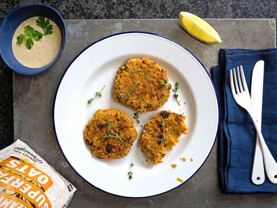 Carrot and sun-dried tomato oat patties with a tahini herb dip