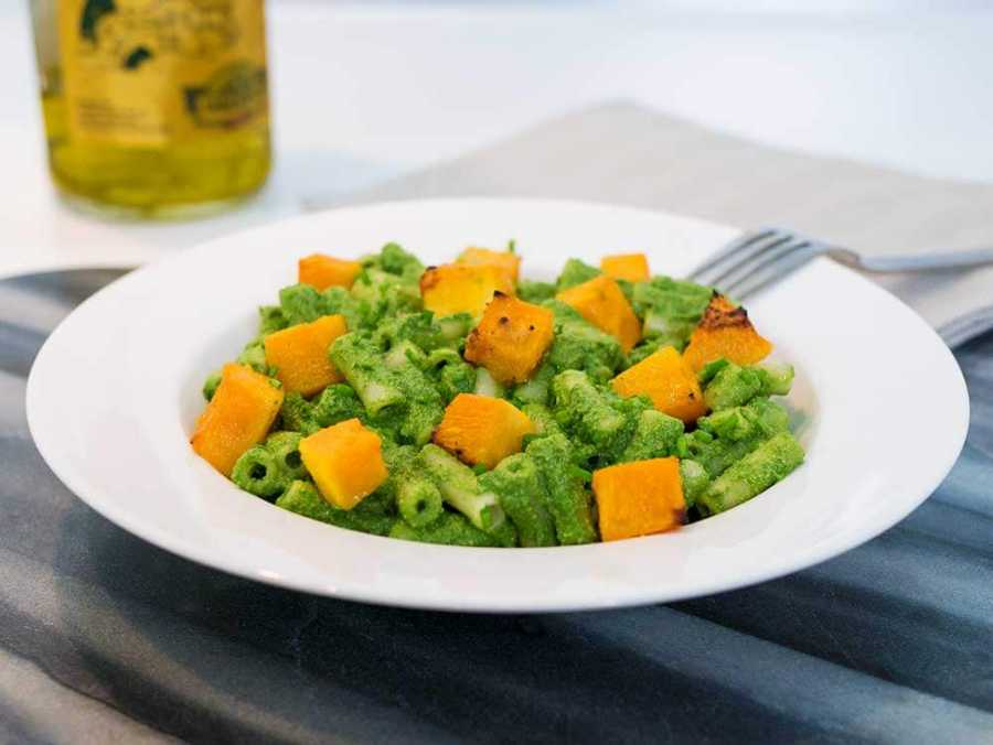 Spinach pasta with roasted butternut squash