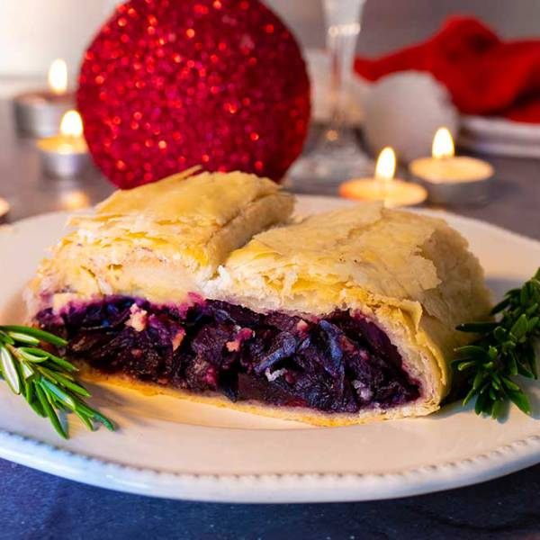 Easy vegan Christmas dinner - red cabbage Wellington with almond feta