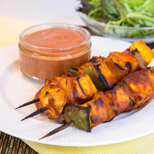 Peanut tofu skewers with easy banana ketchup