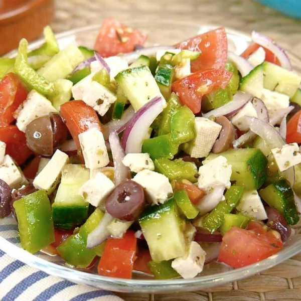 Vegan Greek salad with tofu feta cheese